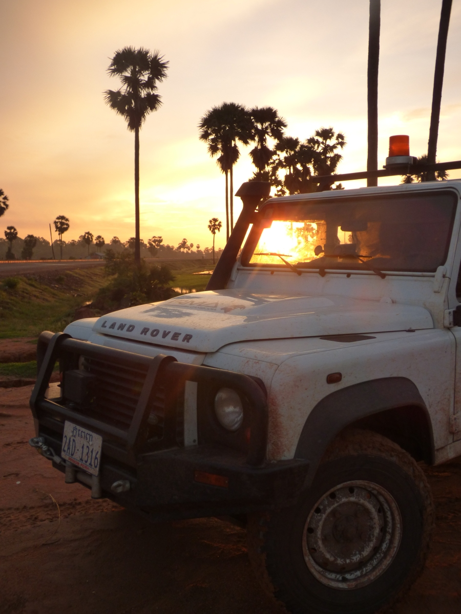 Defender 130 Tdci in the rice fields at sunrise
